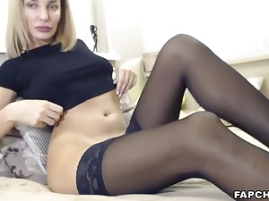 Watch Painless That Hot Stockings Cammodel Having Distraction By Herself