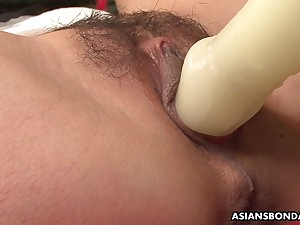 Mika Shindo likes toy outsert and a very intense orgasm