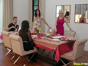 Slutty Whitney Wright shares her husbands cock forth two of her visitors