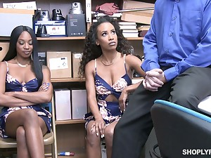 Two honey-like babes get their pussies punished approximately the back acreage