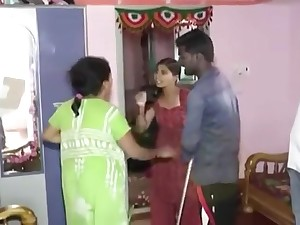 Tow idian wife catfight