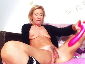 Adorable Tow-haired Milf Slut Fuck Hard Dirty Out of reach of Webcam