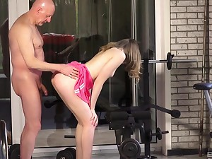 Humdinger Cake enjoys the best fuck at the gym concerning her horny trainer