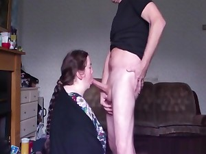 Beamy old chick enticing a barrel of someone's skin grandpa in her mouth