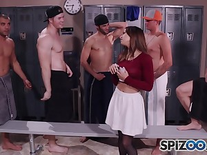 Sara Luvv Getting Gangbanged in the alcove room