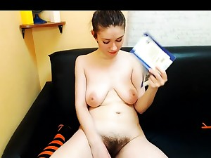 Webcam Video Amateur Bird with Hairy Pussy Webcam Porn