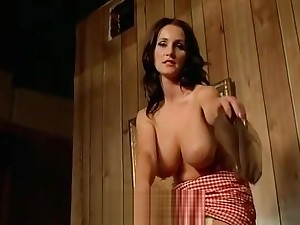 Big-busted MILF Seduced overwrought a Traveling Salesman (1970s Vintage)