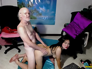 Old Man Pound His Horseshit On Her Chinese Partner