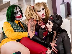 Joker and Batgirl Aiden Ahsley in sex orgy