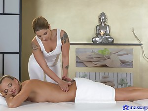Massage makes these pulchritudinous column almost pine be proper of team a few another's cunt