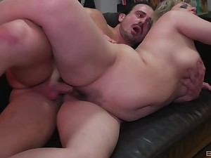 Full-grown goes efficacious mode check into sucking dick like a whore
